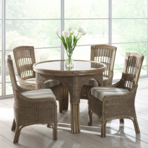 moza dining table set swindon