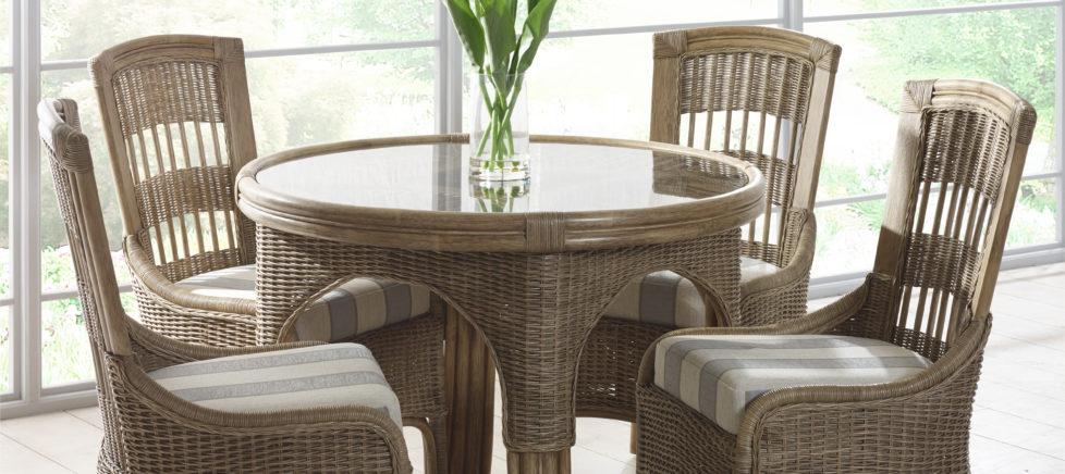 moza dining table set swindon