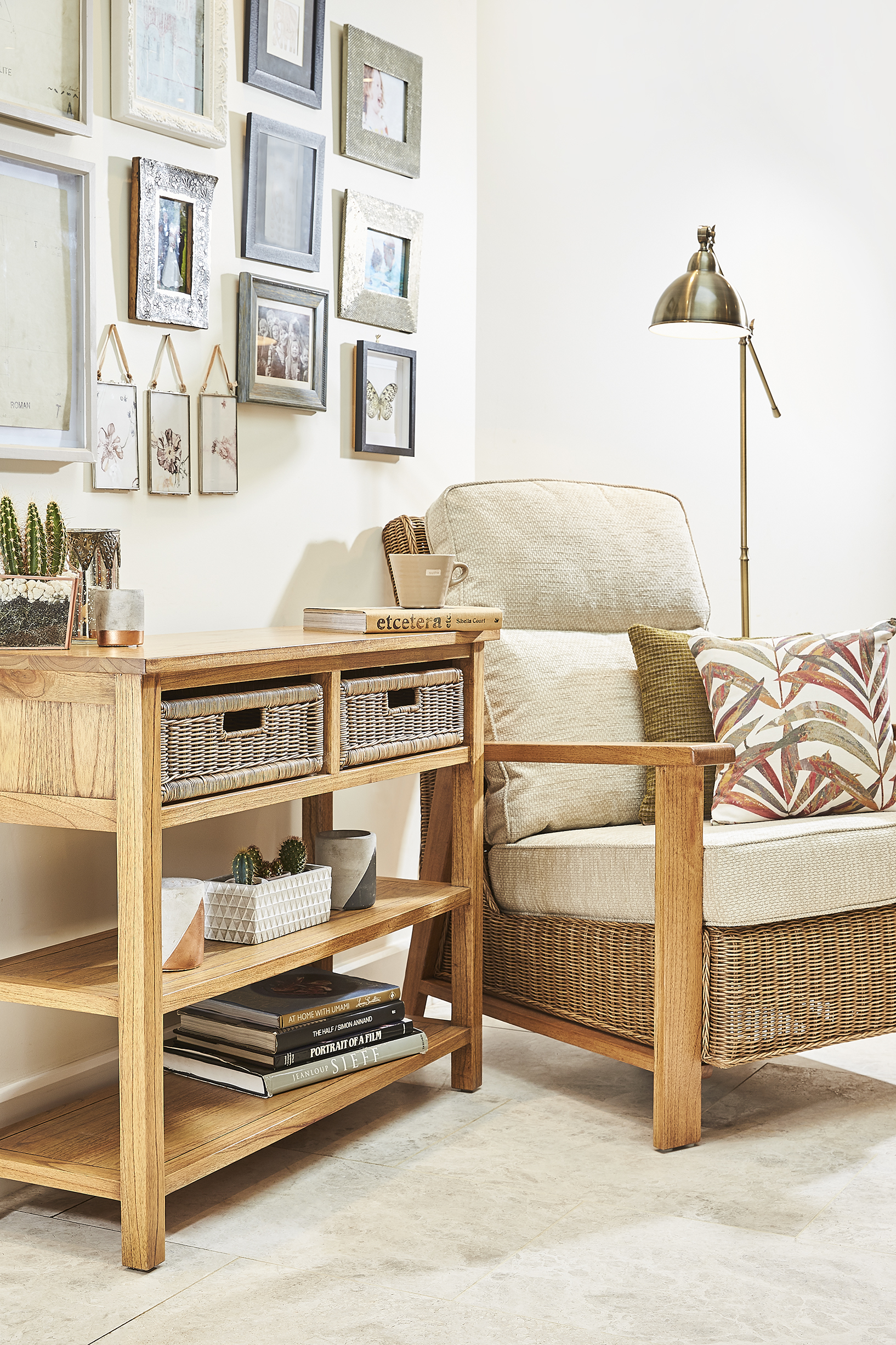 alexandra chair and console table swindon